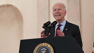 President Biden marked 500,000 US lives lost to Covid in a solemn ceremony at the White House.