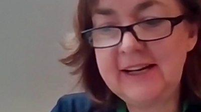 Pennaeth Ysgol Maes Garmon, Bronwen Hughes yn rhannu ei barn