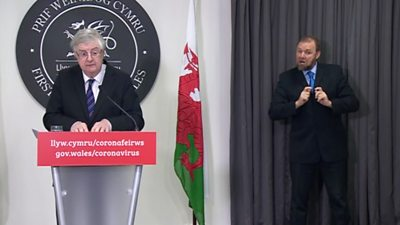 Mark Drakeford delivers press briefing