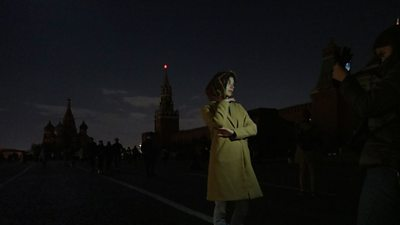 Earth Hour: Cities around the world turn off the lights