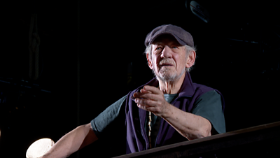 Ian McKellen in rehearsal
