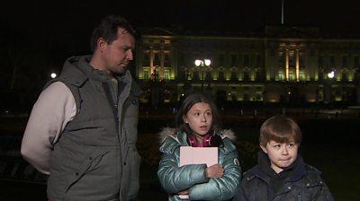 Duke of Edinburgh: Mourners pay respects at Buckingham Palace