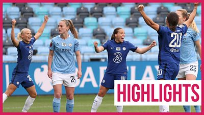 Chelsea stay top of WSL after thrilling Man City draw