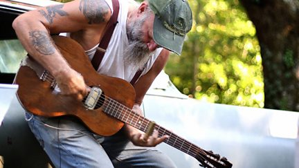 Seasick Steve: Bringing It All Back Home