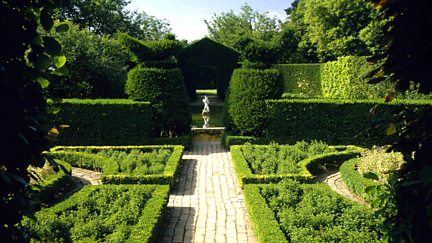 Hidcote: A Garden for All Seasons
