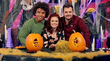 The Vamps, Halloween Pumpkin Carving and Barney's Bike Challenge