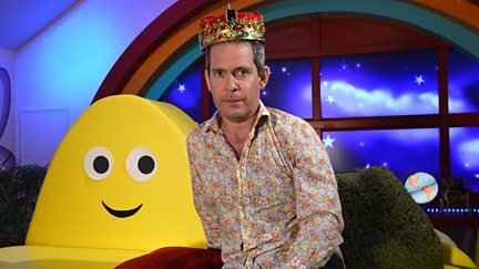 Tom Hollander - Cantankerous King Colin