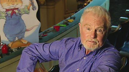 Derek Jacobi - Wendell's Workshop