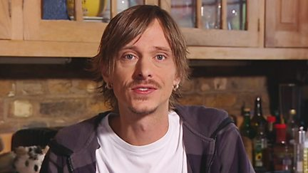 Mackenzie Crook - Tappity Tap - What Was That?