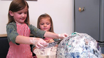Gracie and Myla make a Pinata