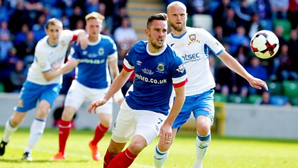 2017: Linfield v Coleraine
