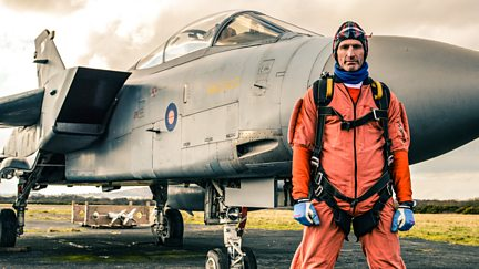 Gareth Thomas' Silver Skydivers for Sport Relief