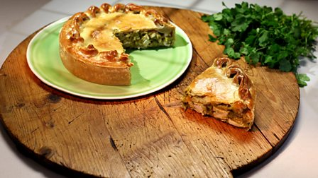 Bbc food recipes from programmes 16 paul hollywoods pies puds paul hollywoods pies puds forumfinder