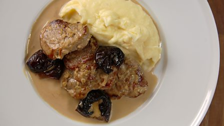 Pork tenderloin with prunes and Armagnac