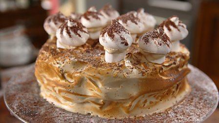 Instant coffee meringue gâteau