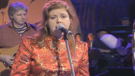 Kirsty MacColl - Miss Otis Regrets (Hootenanny 1995)