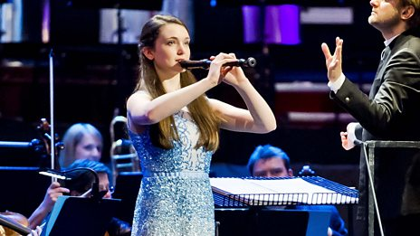 Sophie Westbrooke performs Suite for Recorder by Gordon Jacobs (arr. David Knotts) for the BBC Young Musician 2014 Final