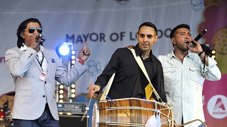B21:  Full-set at the London Mela