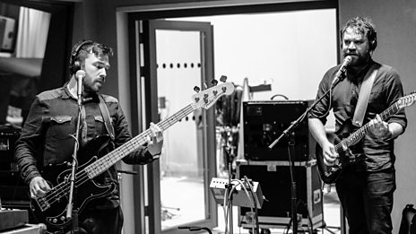 Frightened Rabbit | Session