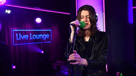 Live Lounge - Blossoms