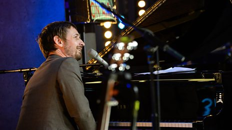 The Divine Comedy - Road To Nowhere (The Quay Sessions)