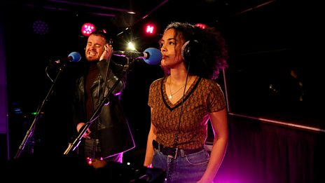 Jorja Smith - Carry Me Home ft. Maverick Sabre (Radio 1 Piano Session)