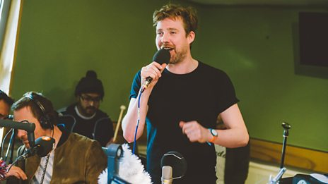 Kaiser Chiefs cover Culture Club's Karma Chameleon