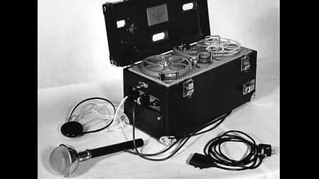 The battle between a balange player and a reel-to-reel tape recorder