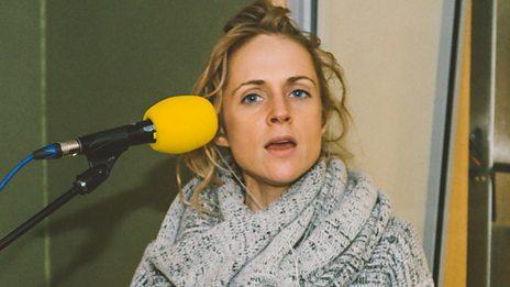 Agnes Obel in session