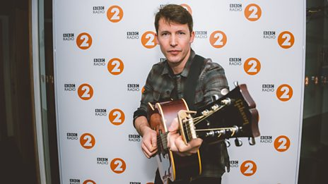 Who superstar introduced James Blunt to Ed Sheeran?