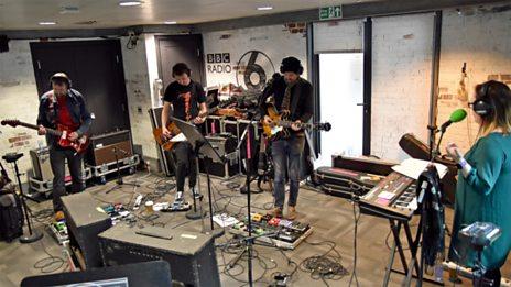 Slowdive live in session