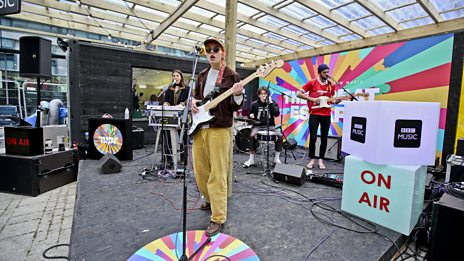 Pixx plays live at The Great Escape Festival