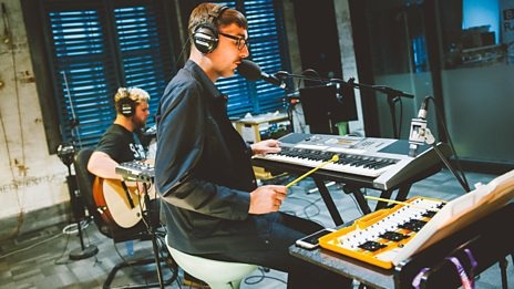 alt-J treat us to 'Matilda' from their Mercury Prize winning album 'An Awesome Wave'.
