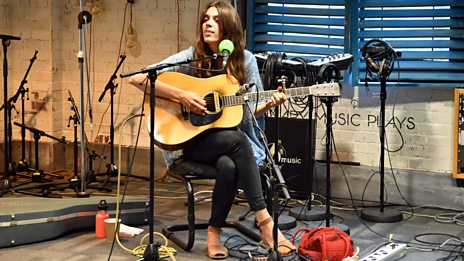 Julie Byrne Live In Session
