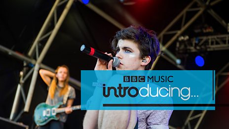 Declan McKenna - Brazil (Radio 1's Big Weekend 2017)