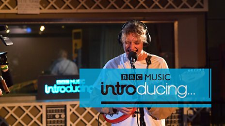 Yellow Days - Gap In The Clouds (BBC Music Introducing session)