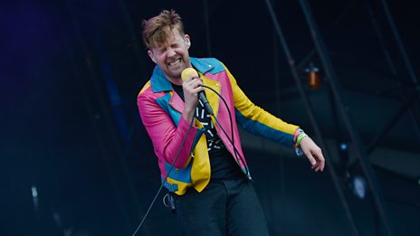 Glastonbury - Kaiser Chiefs