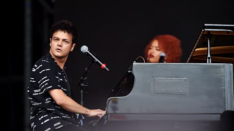 Jamie Cullum - Don't Stop The Music