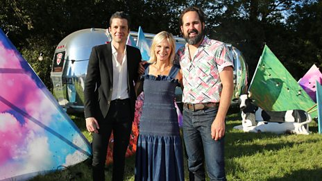 """""""We've played Mr Brightside fifteen hundred times live ... that's the craziest it's ever been"""" - The Killers talk to Jo Whiley"""
