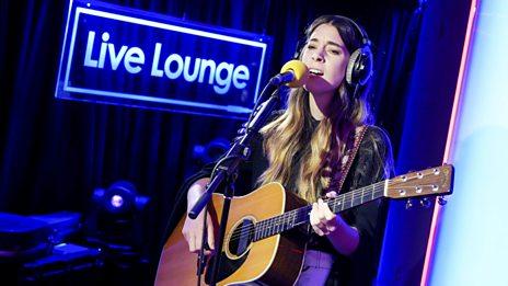 Live Lounge - HAIM