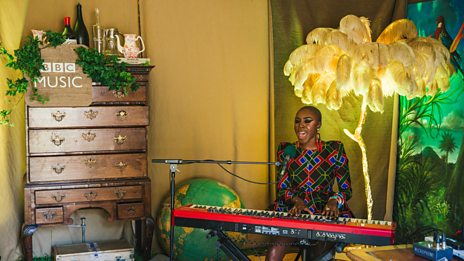 Laura Mvula wows with her cover of Nina Simone's 'Be My Husband'