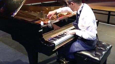 Piano tuner Ulrich Gerhartz tuning Andras Schiff's Steinway Model D (2017)