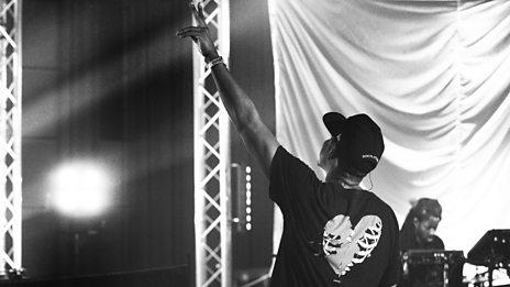 JAY-Z - Live Lounge