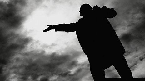 """""""A toe-curling poem in praise of Lenin..."""""""