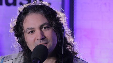 Watch The War On Drugs perform in the 6 Music Live Room