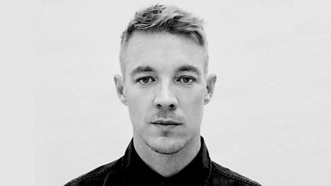 Diplo mixing Roots, Reggae and Dancehall!