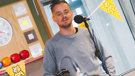 """The song itself is quite dark"" - Tom Chaplin covers East 17's classic Christmas song Stay Another Day"
