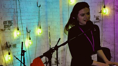 Siobhan Wilson in session with Cerys