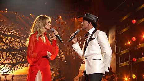 Tim McGraw and Faith Hill - The Rest Of Our Life (CMA Awards 2017)