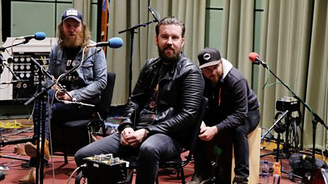 Brothers Osborne tearing up Maida Vale in session